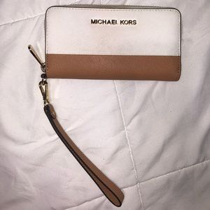 Michael Kors Large Wristlet